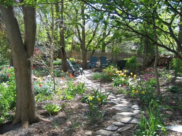 Moms garden - TalkSweetToMe.com