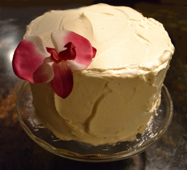 Fluffy Vanilla Cake - talksweettome.com