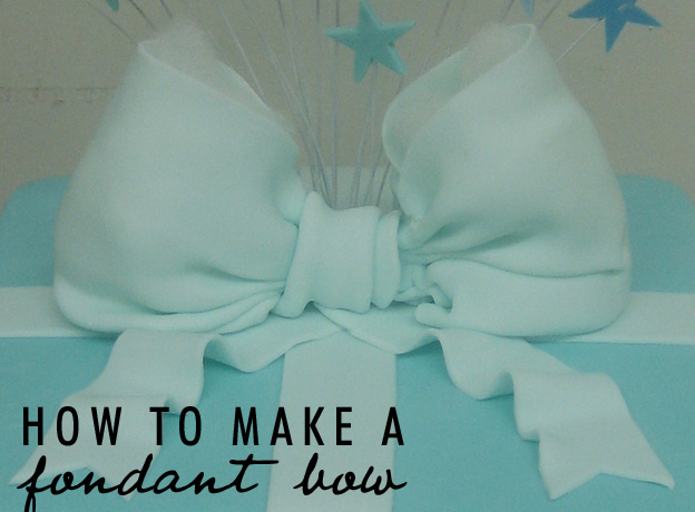 how to make a bow out of fondant