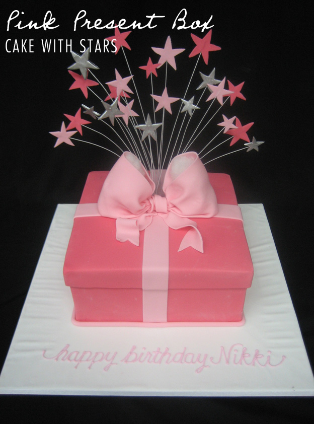 Pink present box cake - Talk Sweet to Me