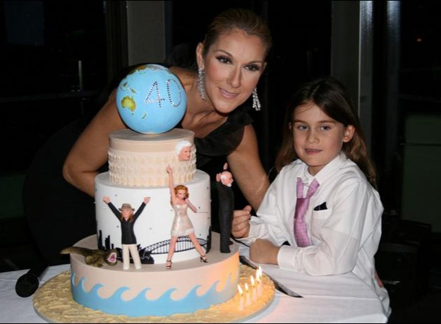 Celine Dion with cake by Planet Cake