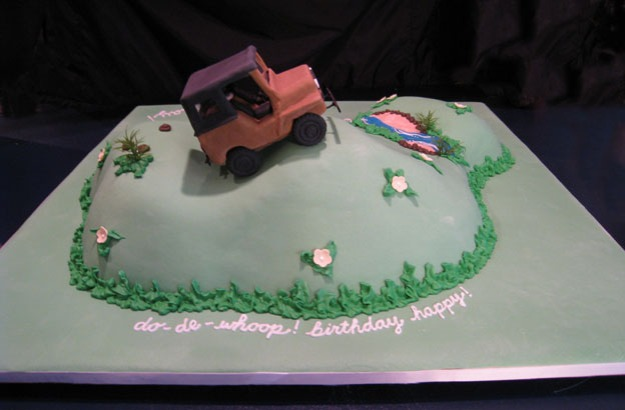 Back of Jeep birthday cake - Talk Sweet to Me