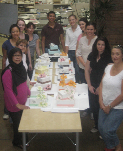 Planet Cake class group photo - Talk Sweet to Me