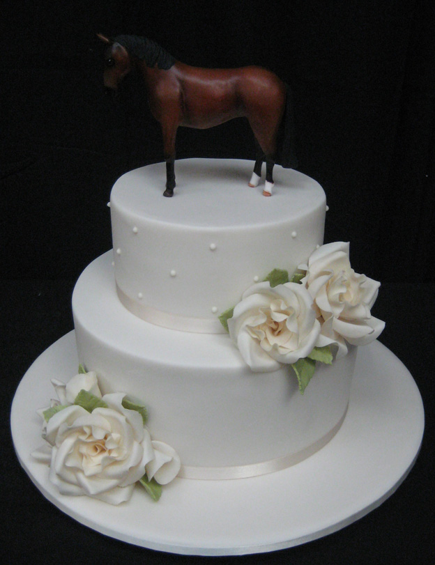 Wedding Cake with Horse - Talk Sweet to Me