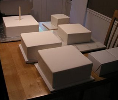 Covered square tiers