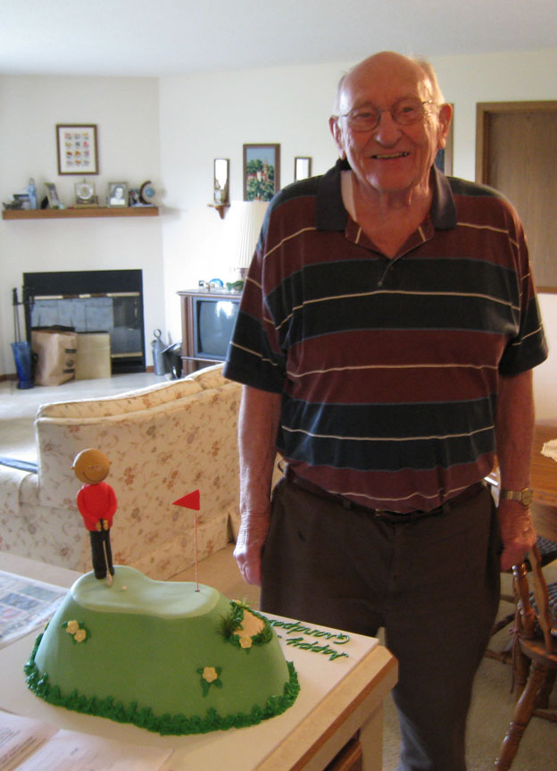Grandpa likes his golf cake - Talk Sweet to Me